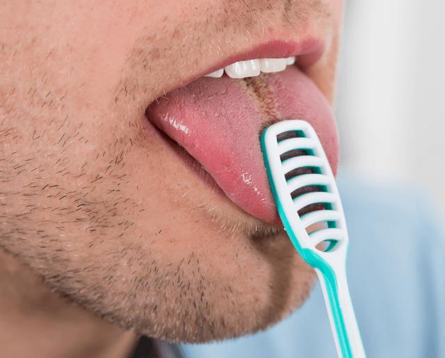 舌磨きで長くなった乳頭