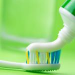口臭、歯周病、虫歯のなかで、どれを解消したいですか?